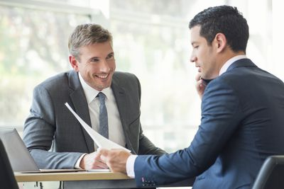 Advisors_Consultants_Making a Deal