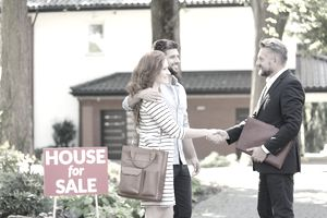 Couple and realtor