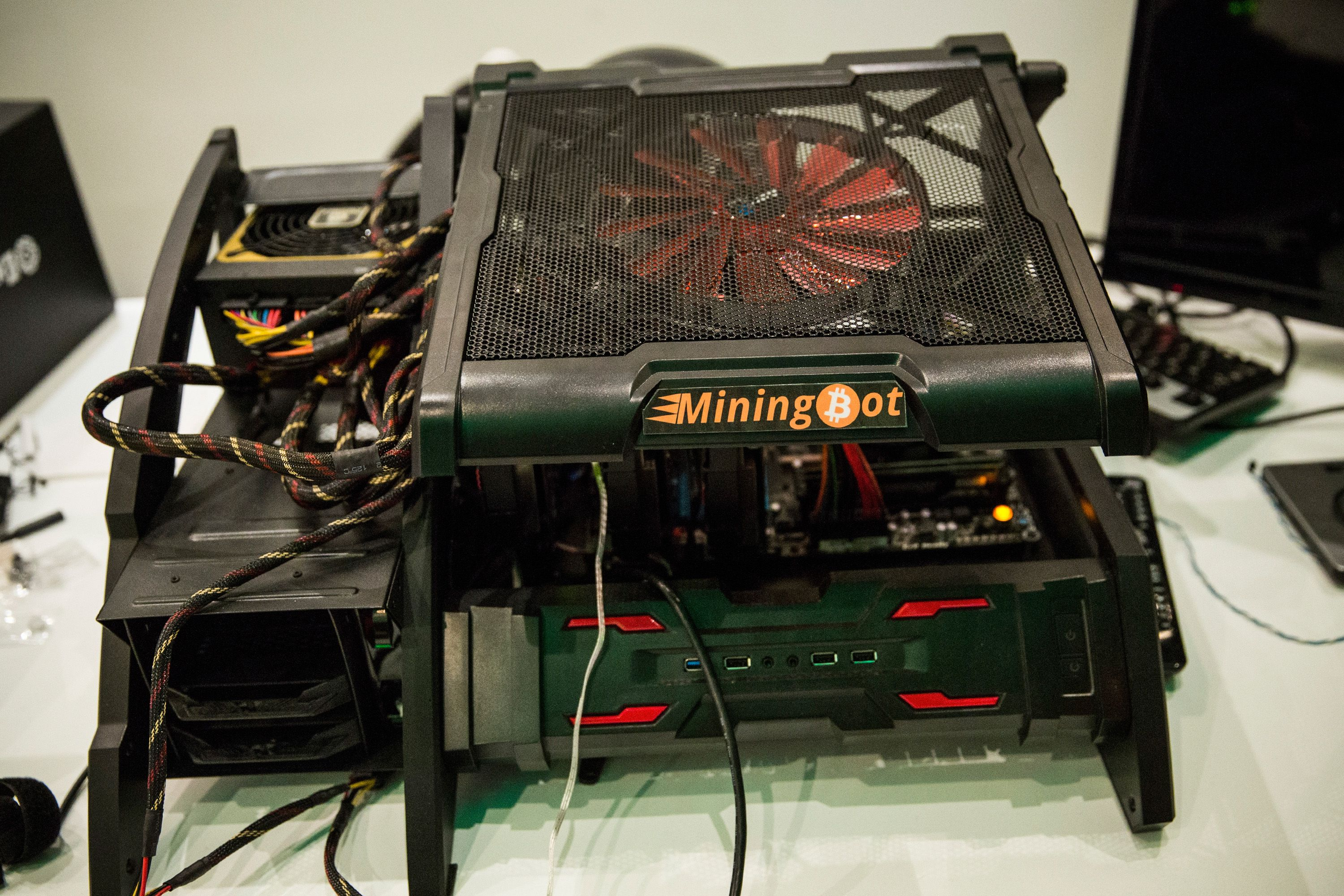 how much money can you make by bitcoin mining