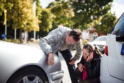 Filling in a car accident report when you have a car crash