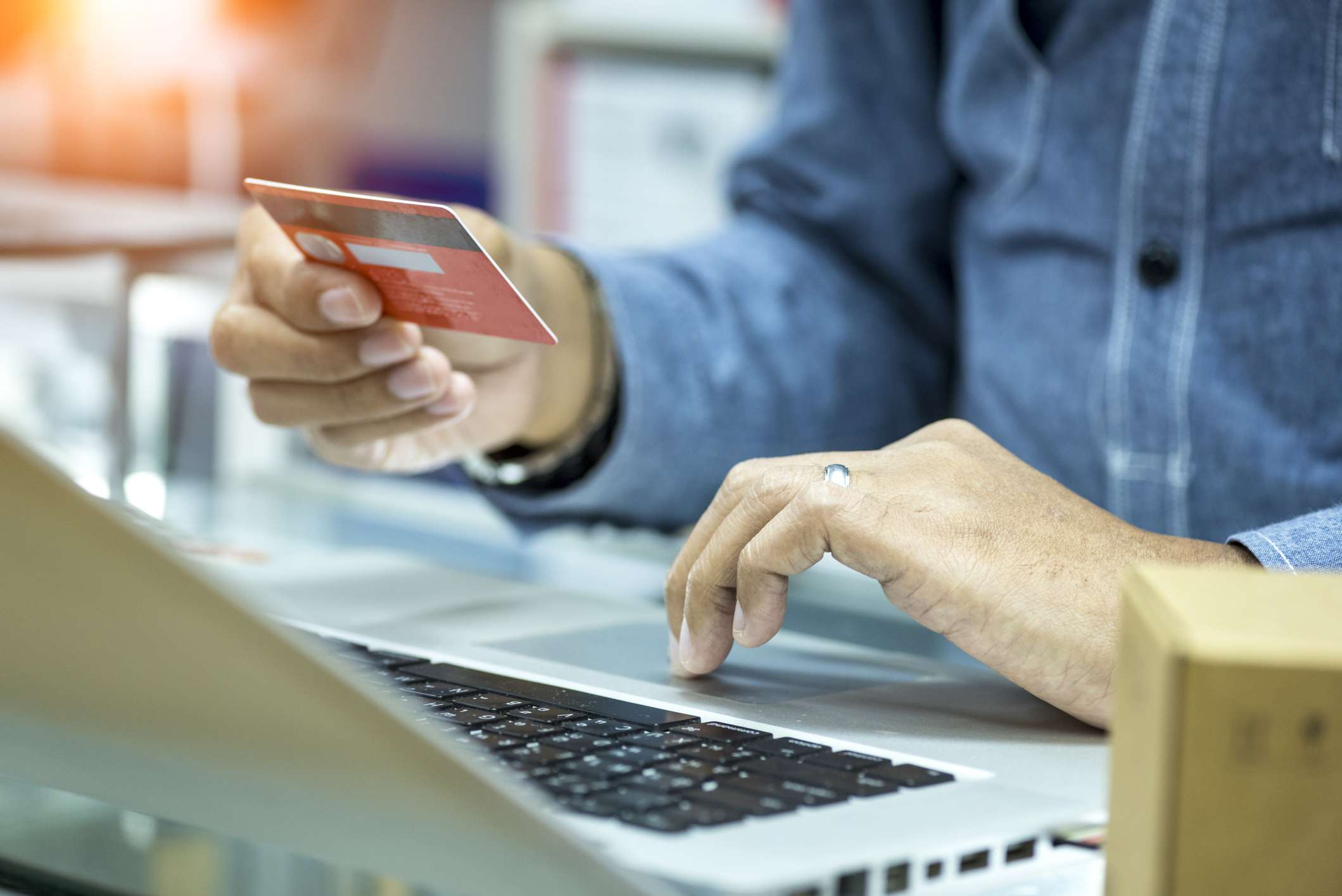 Determining if a credit card can be closed