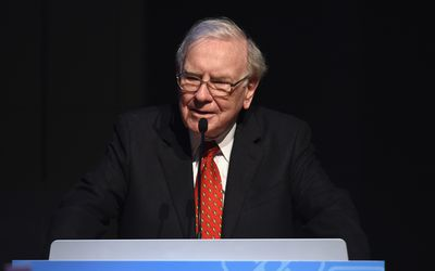 7 valuable lessons investors can learn from warren buffett