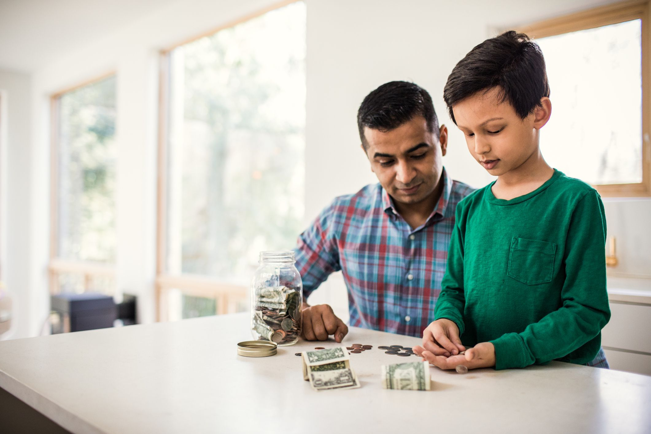 How Deferred Annuities Work for Long-Term Saving