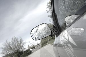 Does Car Insurance Cover Side Mirror Damage