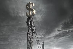 ladder leading to dollar sign