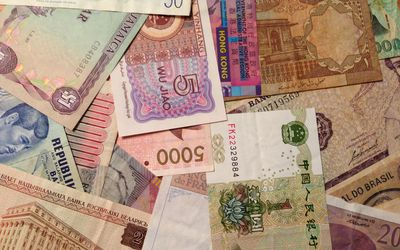 How To Invest In Foreign Currency