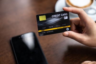 How to Qualify for a Credit Card