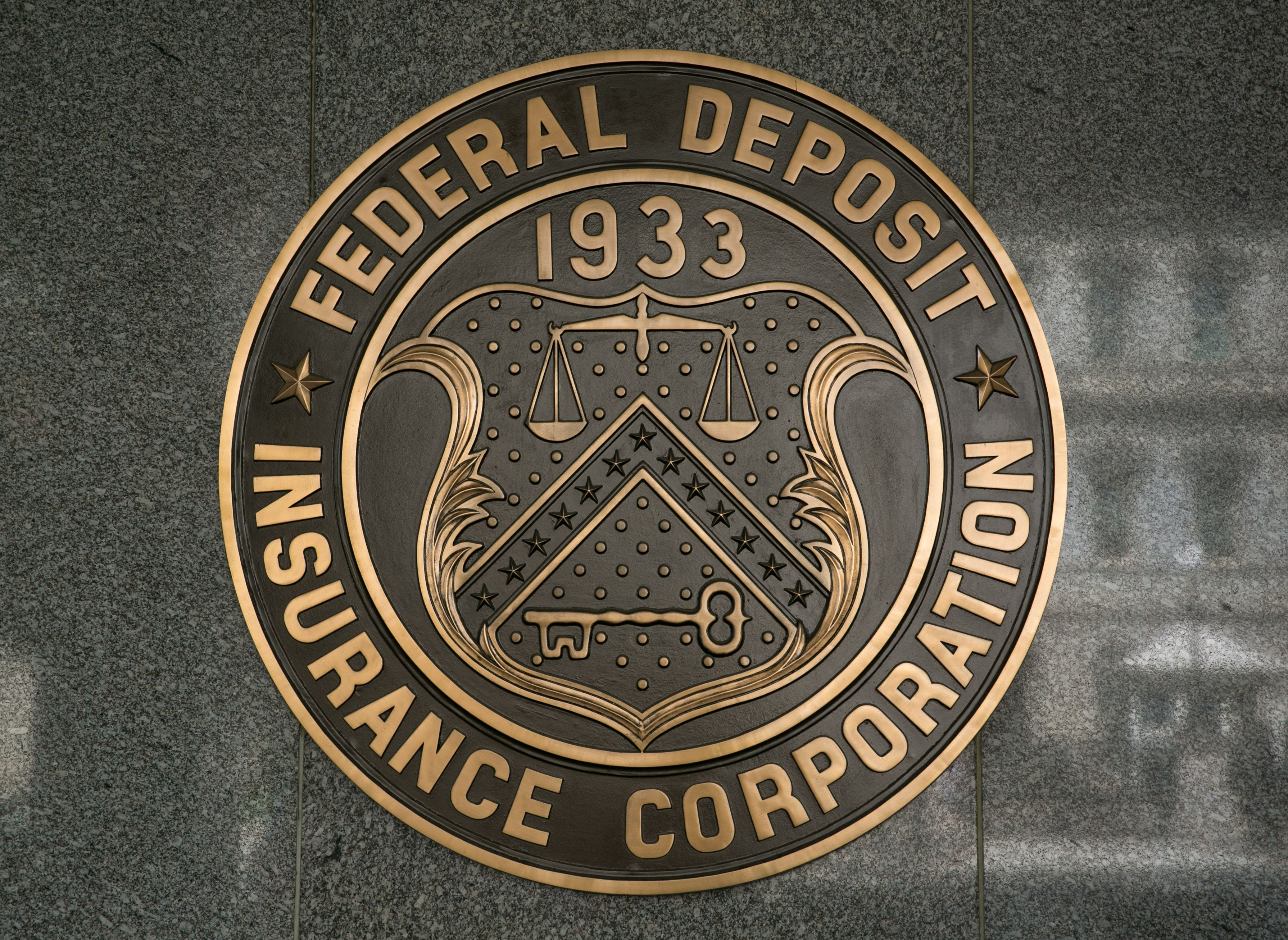 What Is The Fdic And What Does It Do