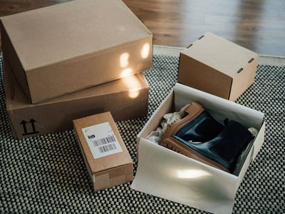 Online shopping makes life easier - unboxing online purchase