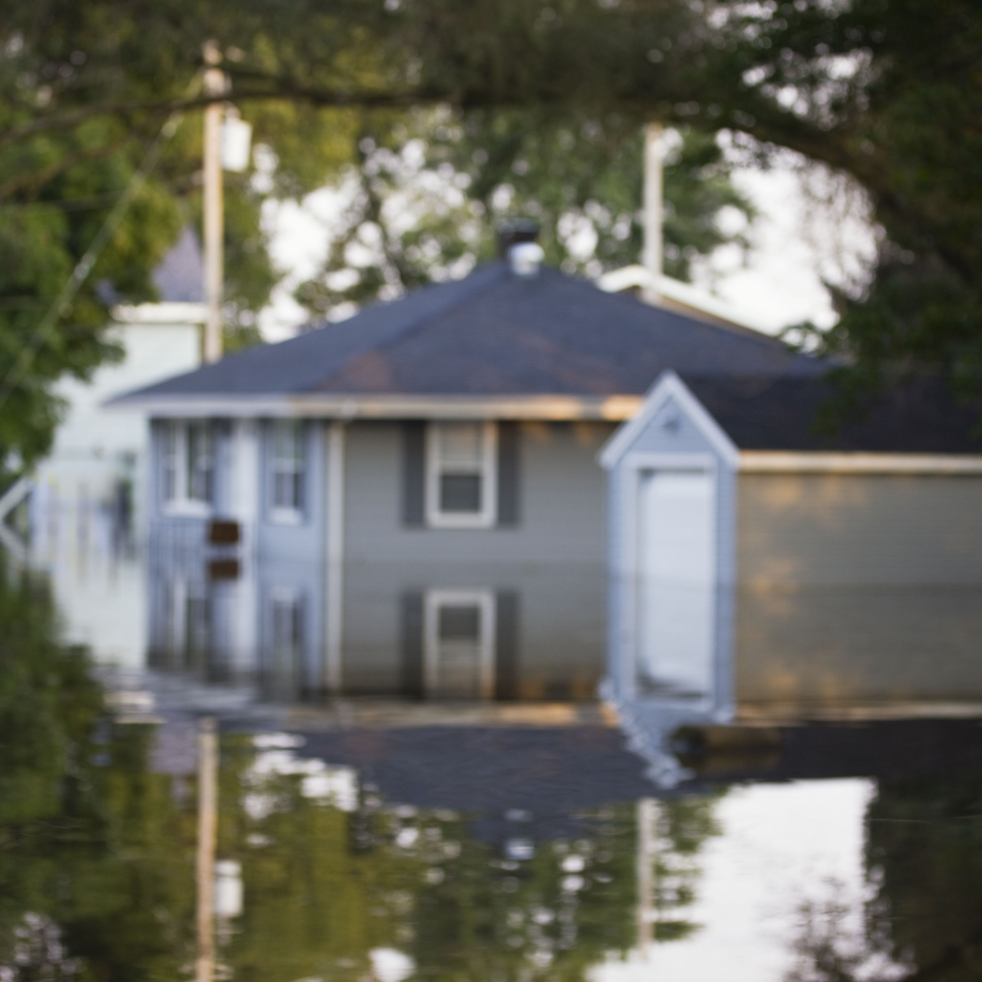 where to get insurance if you live in a floodplain