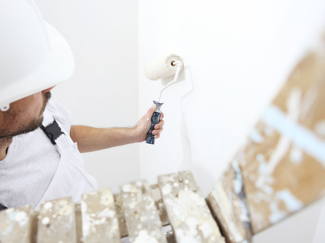 Should You Buy a Home With Popcorn Ceilings?