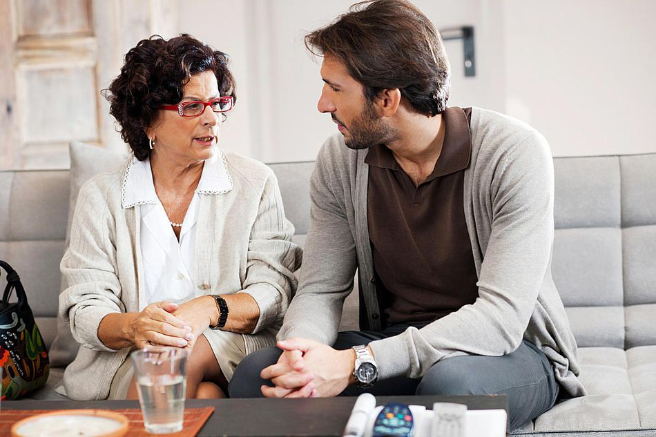 A 7-Step Guide to Moving Back in With Your Parents Without Going Crazy