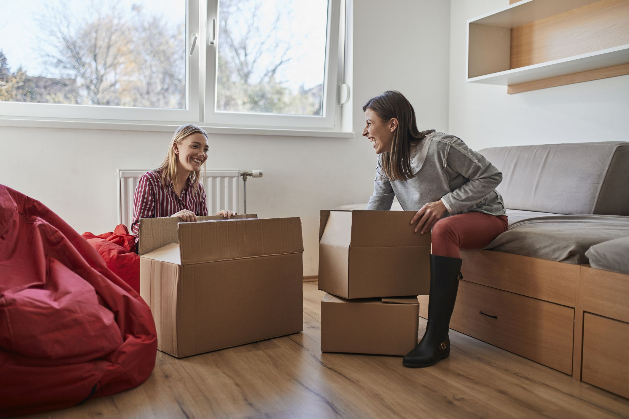 What to Buy and What Not to Buy When Going Away to College
