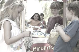 kids' lemonade stand