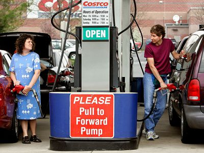 Costco customers putting gas in their vehicles