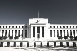 An image of the outside of the Federal Reserve Building