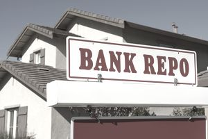 Bank repo for sale sign