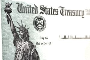 United States Treasury Checks for Series HH Savings Bonds