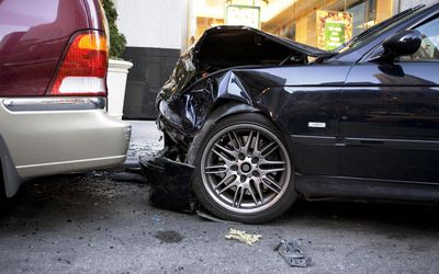 What Should You Do After a Car Accident? Checklist