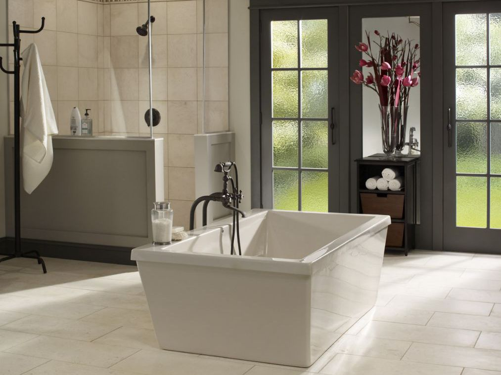 Fabulous Whats The Average Cost To Remodel A Bathroom Beutiful Home Inspiration Semekurdistantinfo