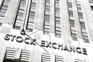 An exterior shot off the New York Stock Exchange
