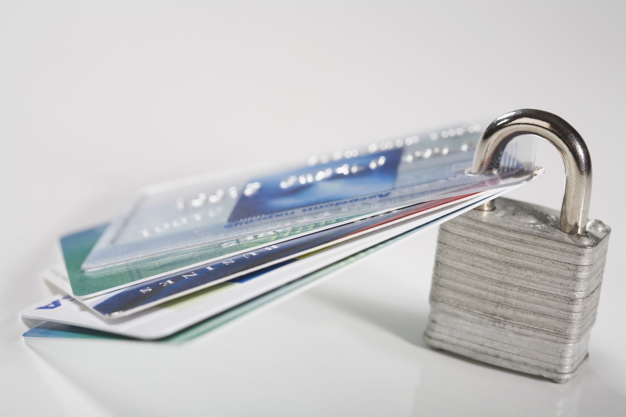 6 Reasons for a Credit Card Account Cancellation