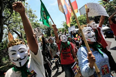 Indonesian farmers protesting the WTO
