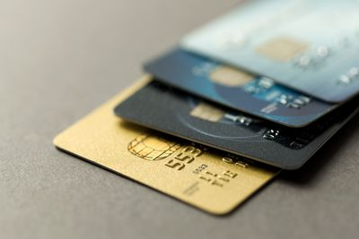 Debit card minimums merchant rules and rights credit cards reheart Images