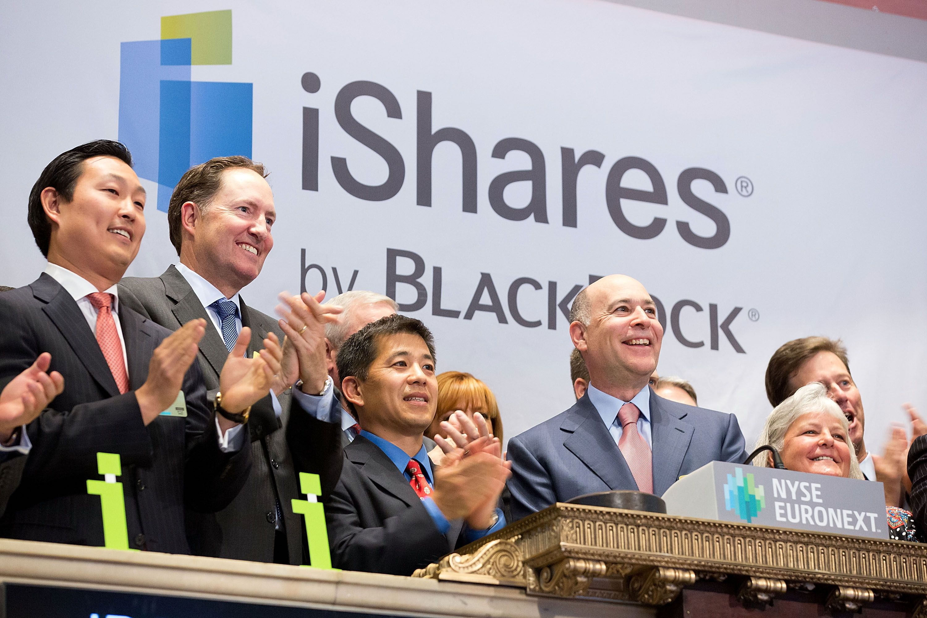 How to Build a Portfolio with iShares