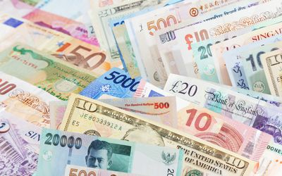 Everything To Know About Currency Risk In International Business