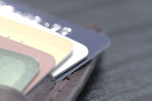 Multiple credit cards in wallet