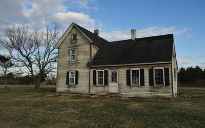 A Guide to Buying a Fixer-Upper Home