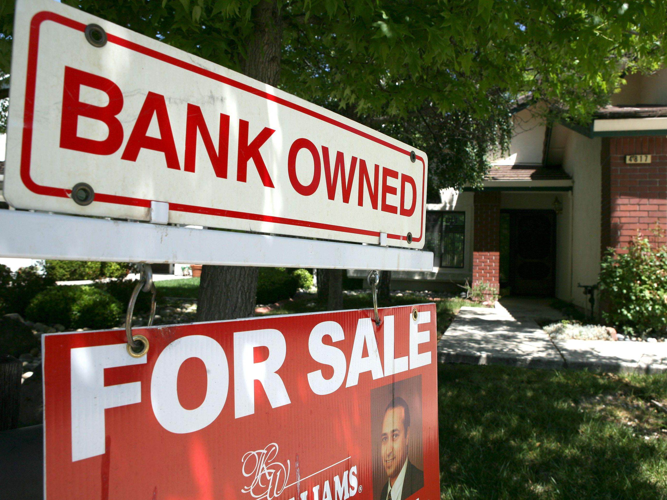 8 Tips for Winning REO Foreclosure Offers