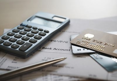 Calculating the cost of a balance transfer to determine potential savings
