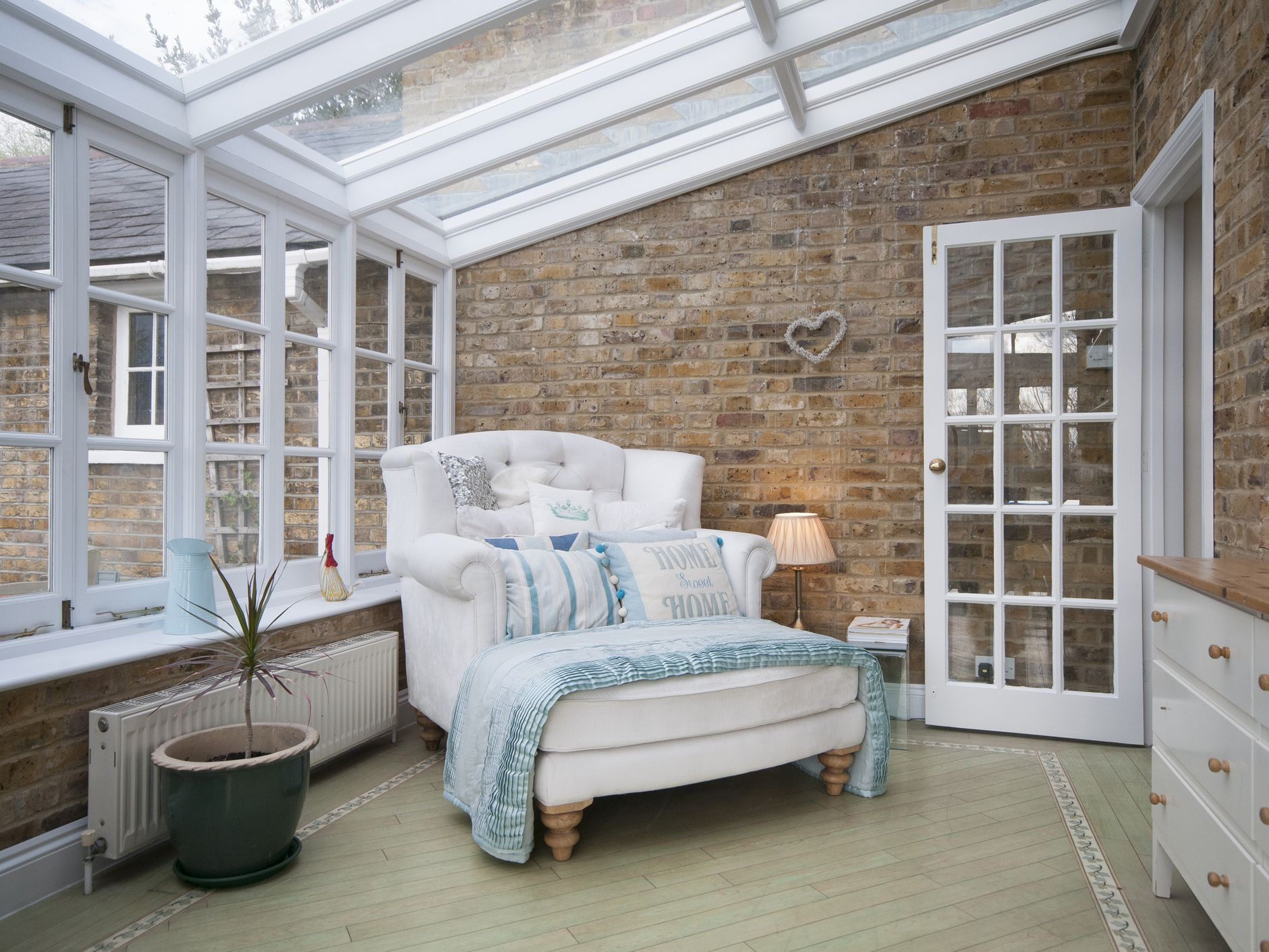How To Evaluate The Cost Of A Sunroom