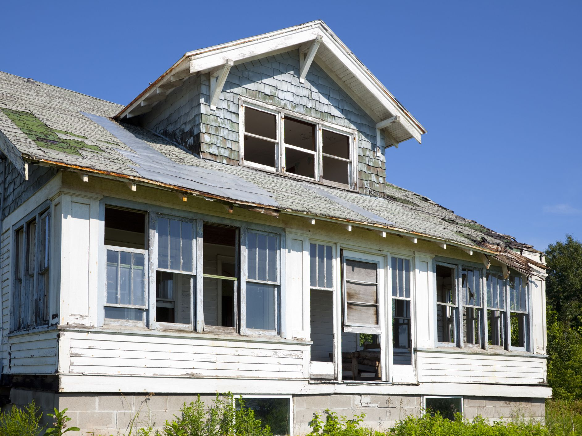 A Guide To Buying A Fixer Upper Home