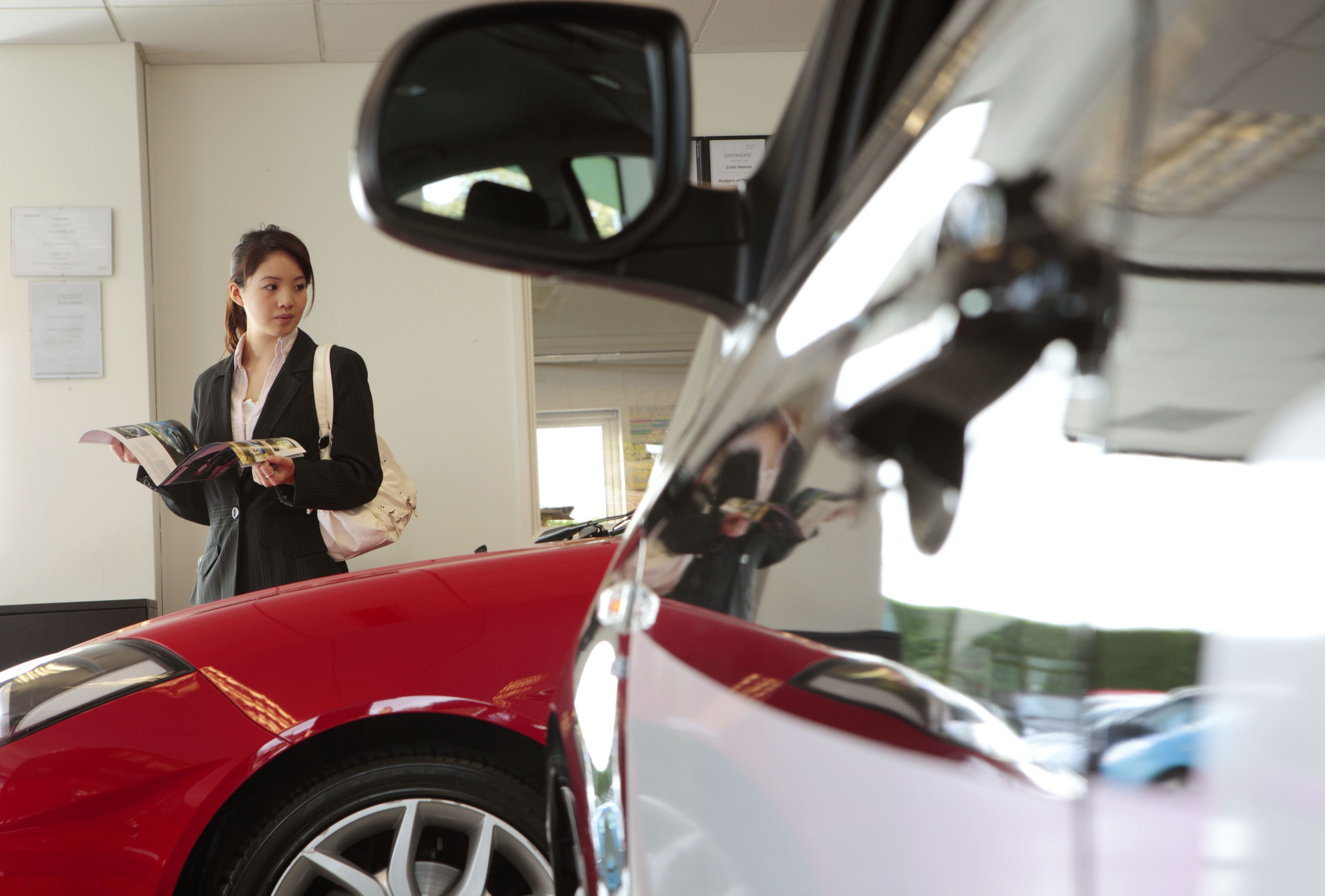 When to Refinance a Car Loan and How to Avoid Mistakes