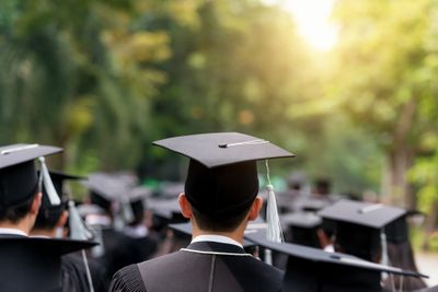 5 Benefits of Paying Off Student Loans Early