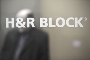 Should You Use H R Block Or Another Tax Accountant