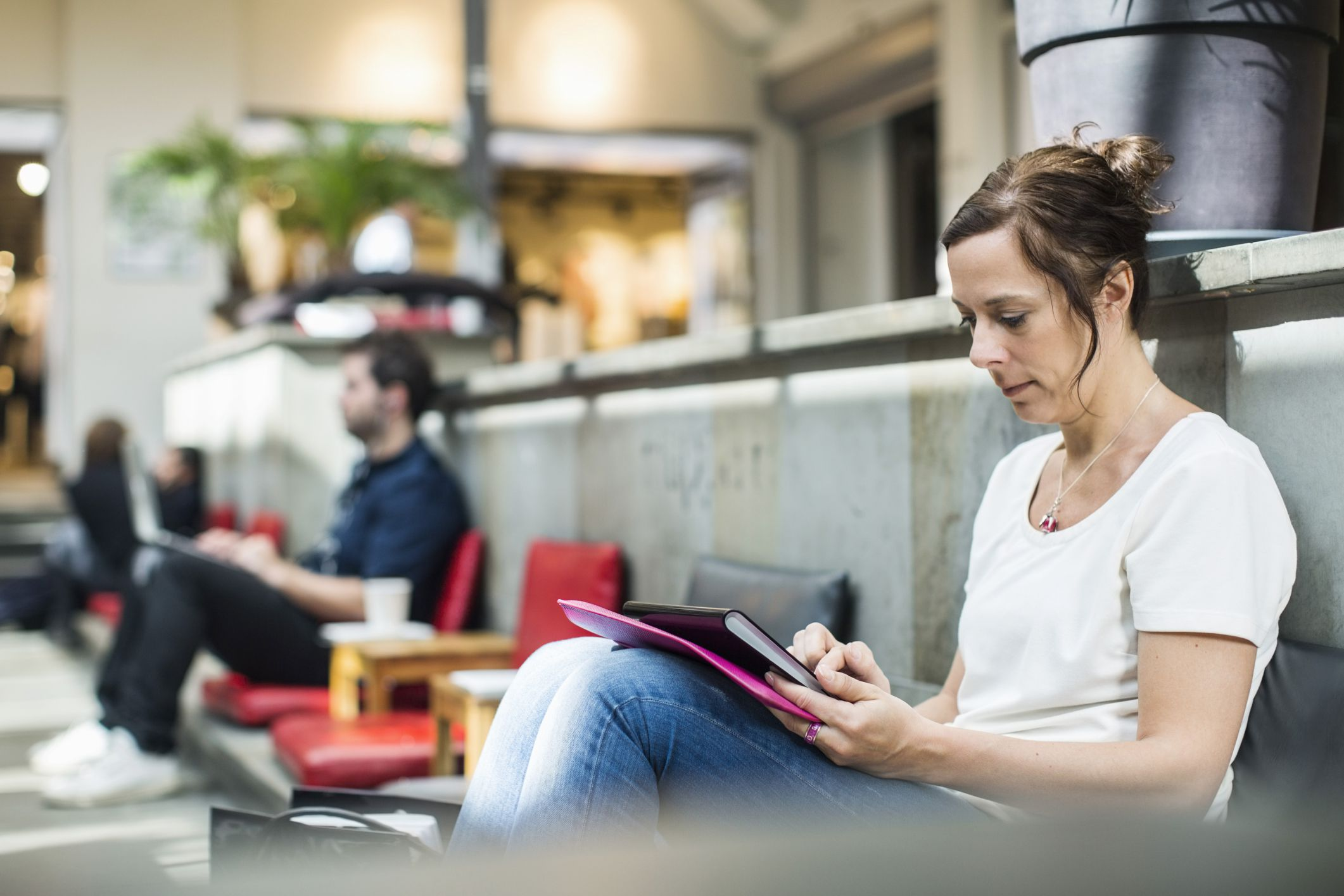 Public and Home Wi-Fi Networks: Unsafe for Banking?
