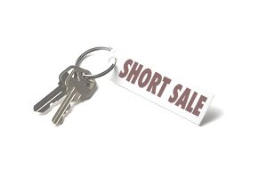 house keys with short sale on keychain