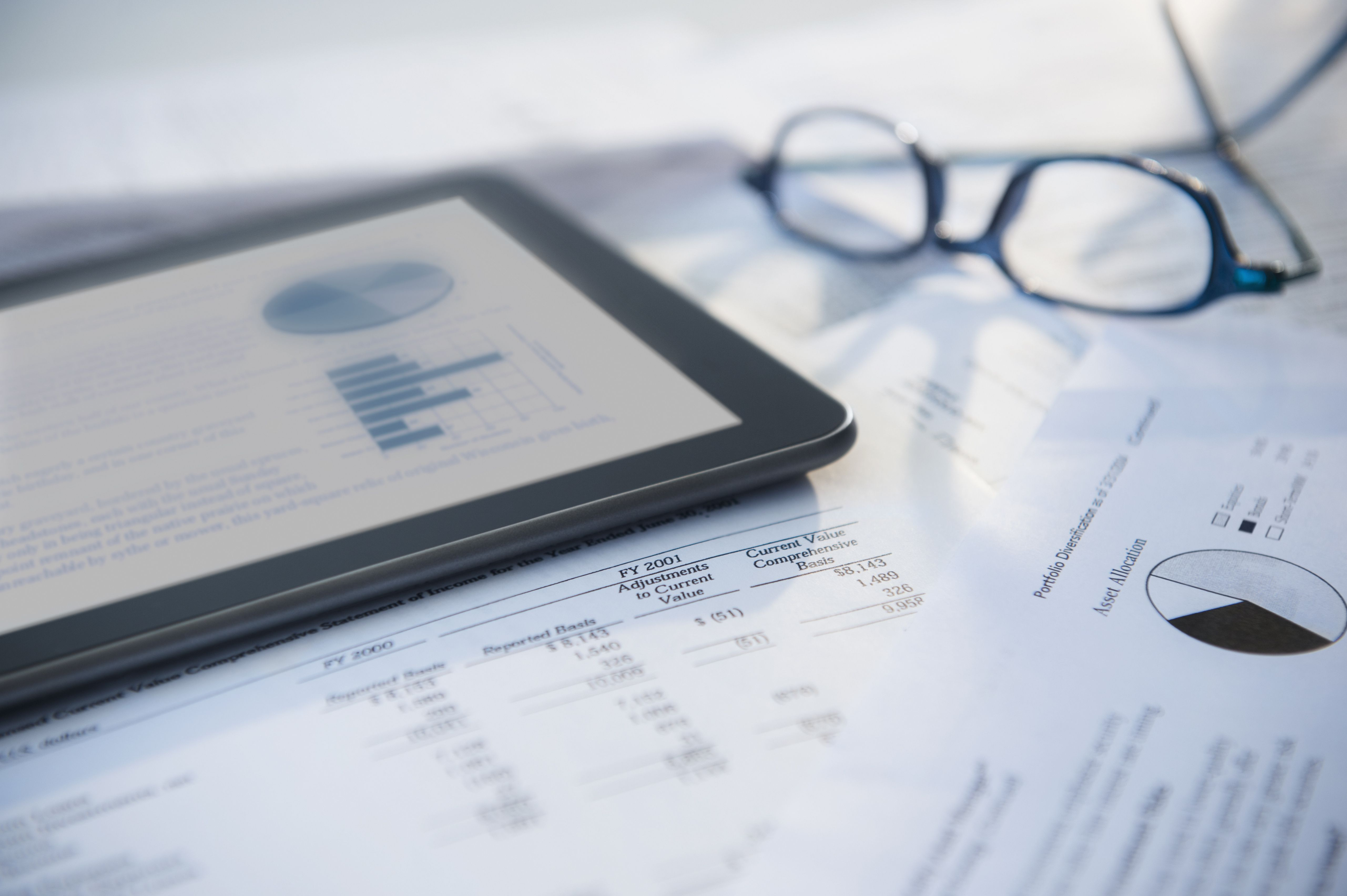 Should I Go with an ETF or a Mutual Fund?