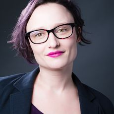 Headshot of Halley Bondy, freelance news journalist