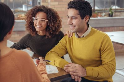 Couple getting financial advice.