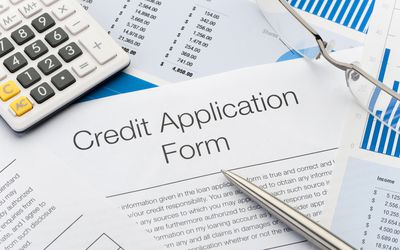 Keep your credit card in good standing close up of credit application form reheart Gallery