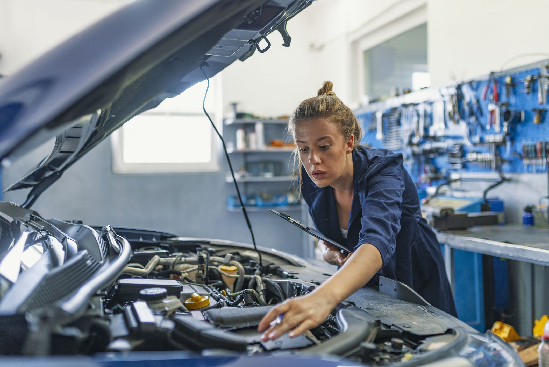 Pros and Cons of Aftermarket Car Parts