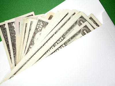 Learn to set up an envelope budgeting system.